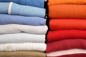 Стопки одежды