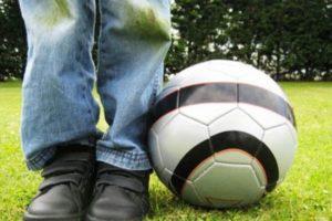 Малыш и грязные джинсы