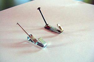 Крючки и гвозди для картины