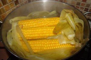 Варим кукурузу