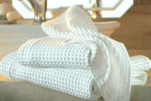 Белые кухонные полотенца