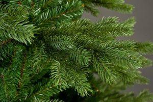 Ветки елки из ПВХ