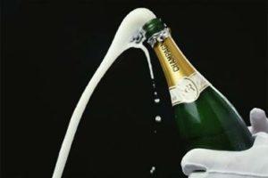 Пена из шампанского