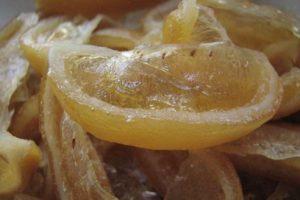 Дольки лимона в сахаре