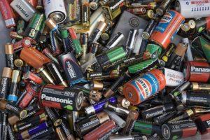 Много разных батареек