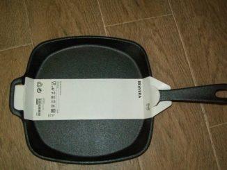 Чугунная сковорода новая
