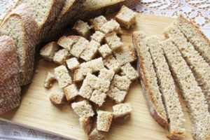 Мелко нарезанный хлеб