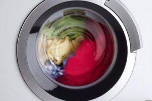 Барабан стиральной машины в работе